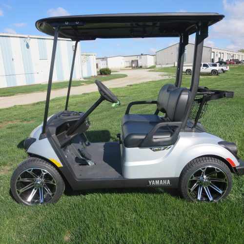 NEW 2020 Yamaha Drive2 EFI QuieTech Golf Cart